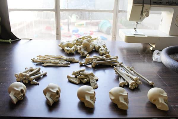 skeletonwreath03sm