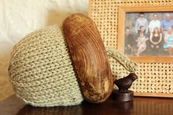 Knit Acorn
