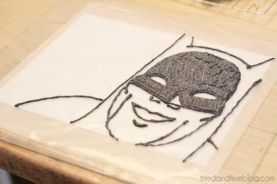 Batman Cake : Make outline