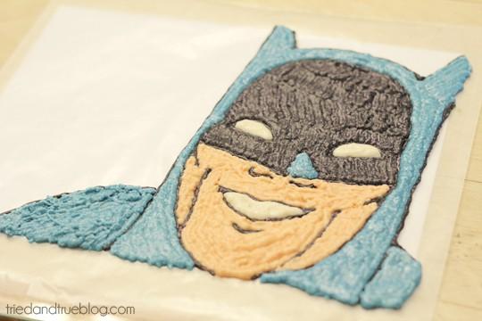 Batman Cake : Color in