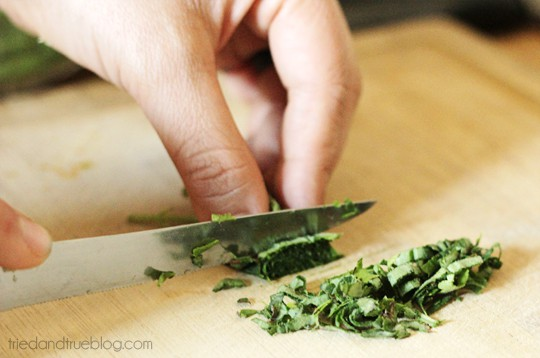 Naturally Sweetened Limeade: Chop Stevia Leaves