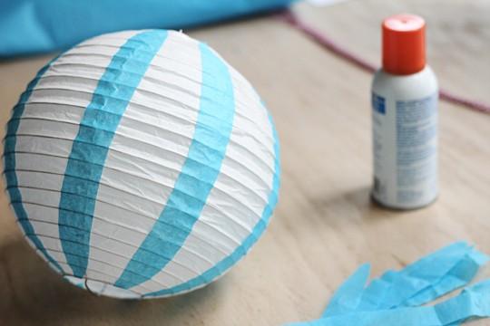 How to make a Vintage Hot Air Balloon - Glue