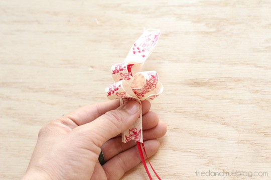 Make A Bow in 15 Minutes - Push