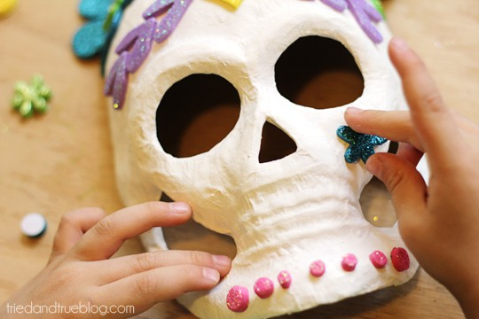 Dia de los Muertos Masks - Add Detail