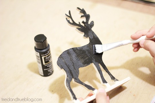 Reversible Faux Chalk Deer Decor - Paint