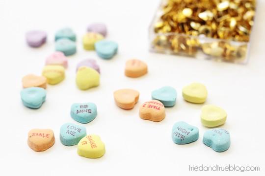 """Thumb-body Loves You!"" Sweetheart Thumbtacks Valentine - Supplies"
