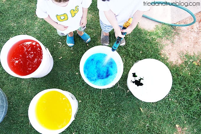 How To Throw A Crazy Summer Playdate - Color