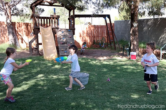 How To Throw A Crazy Summer Playdate - Friends