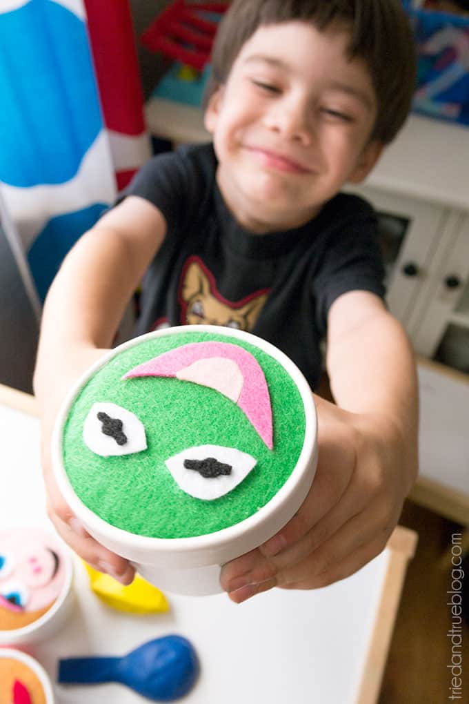 Muppet Party Favor - Happy kid!