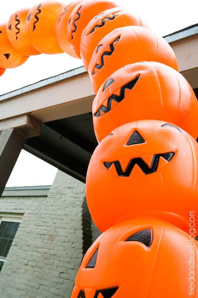 How To Make A Halloween Pumpkin Archway: Tons of pumpkins!