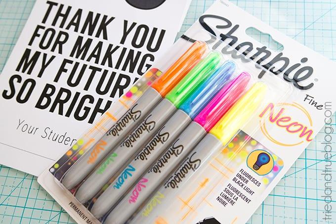Neon Sharpie Teacher's Gift - Teachers love Sharpie!