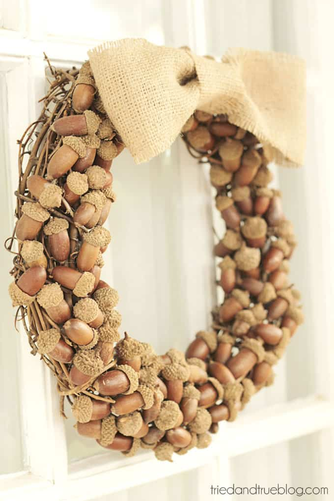 Fall Wreath with Acorns - A simple and beautiful wreath for Fall!