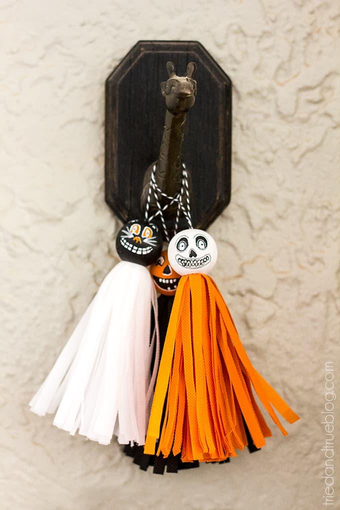 Vintage Halloween Tassels - Super cute all together!