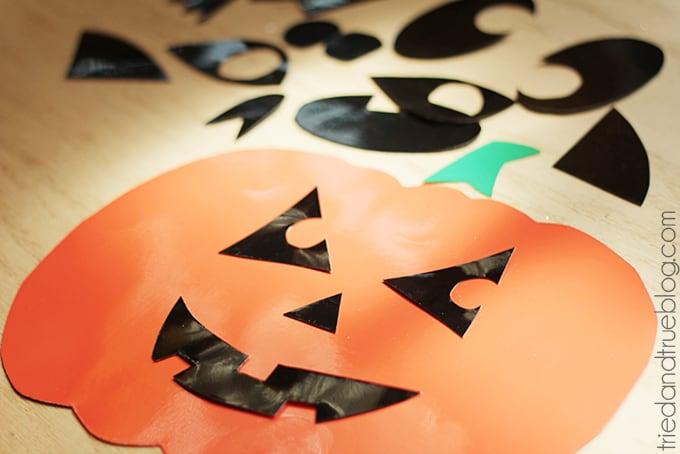 Super Easy Halloween Window Clings - Cut