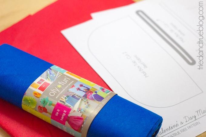 Valentine's Day Mailbox Free Pattern - Supplies