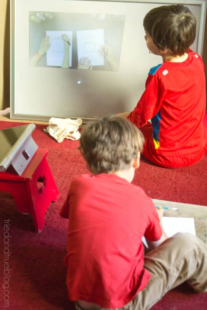 5 Fun Projector Activities for Kids - Drawing Class