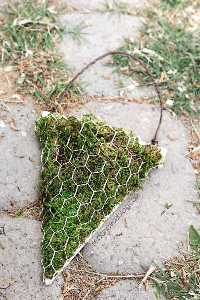 DIY-Floral-Wall-Sconces-08sm
