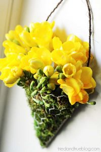 DIY Floral Wall Sconces - Flowers