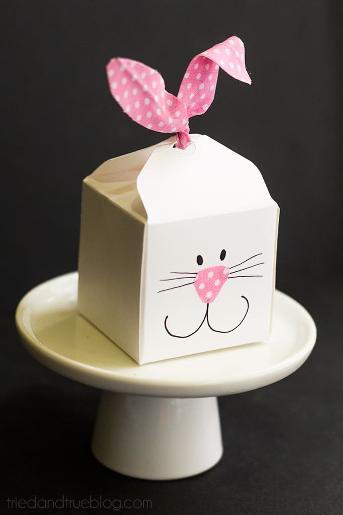 Easter-Bunny-Favor-Boxes-13