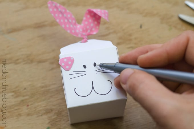 Easter-Bunny-Favor-Boxes-7