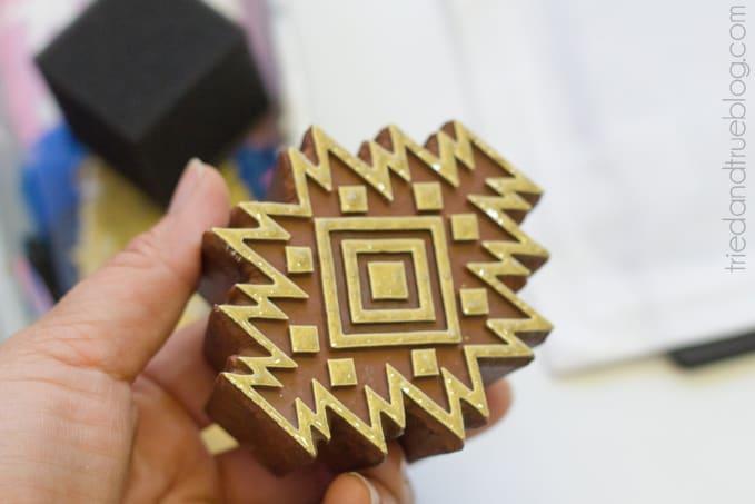 Gold Tribal Napkins DIY - Stamp