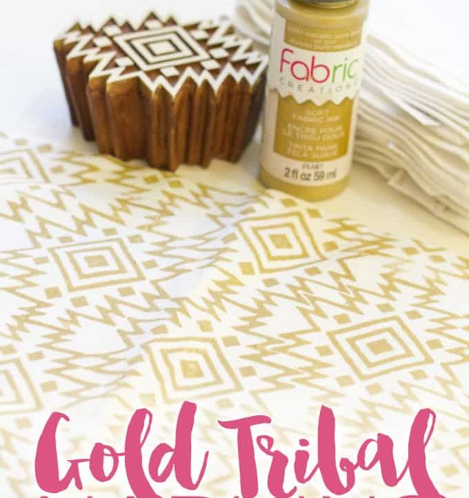 Make these beautiful and on trend Gold Tribal Napkins with just a few supplies! Tons of different colors and styles to customize with.