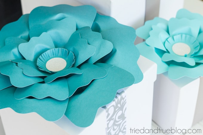 Best Wedding Gift Wrapping Ever! - Flowers