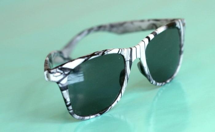 DIY marbled sunglasses 1