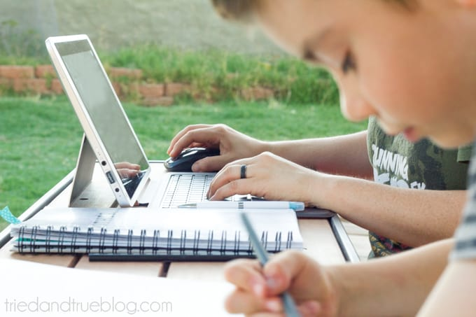 Totally Free Blog Planner - Motherhood