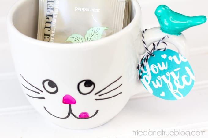 Handmade Mug Gifts - Close Up