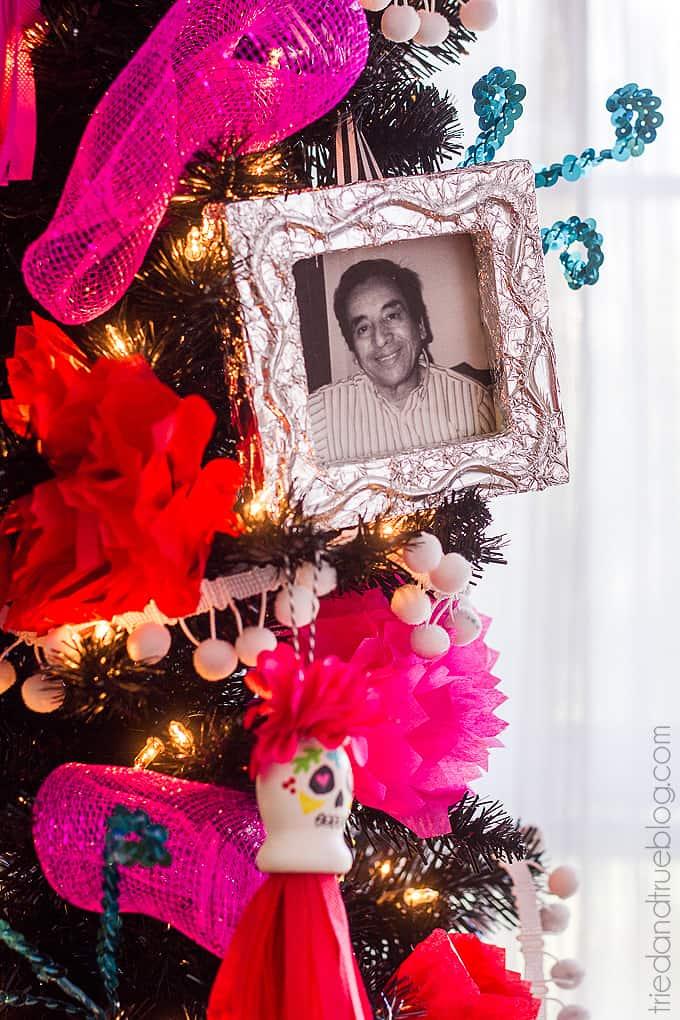 Dia de los Muertos Tree - Love