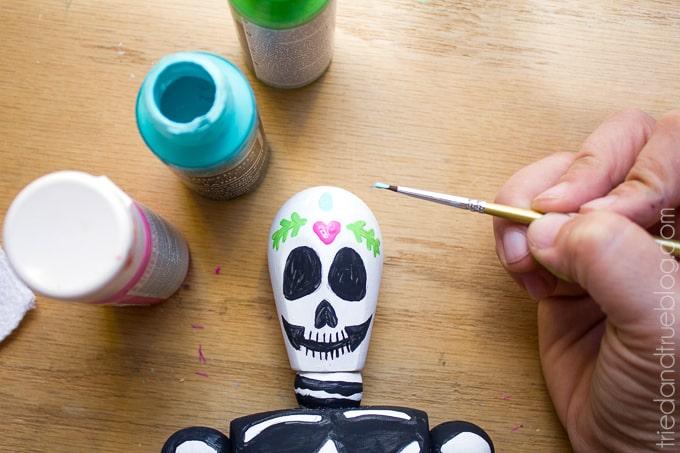 Dia de Los Muertos Figurine - Paint
