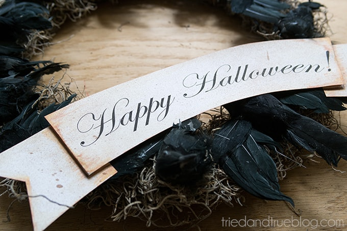 Black Crow Halloween Wreath - Banner