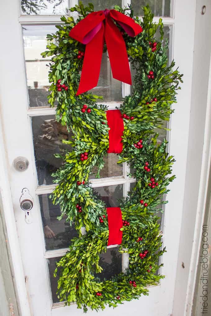 Classic Christmas Wreath Trio - Welcome
