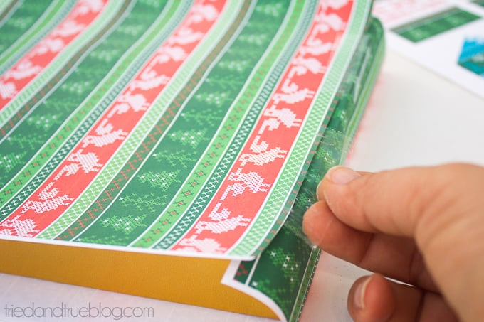 Free Nordic Holiday Gift Wrapping & Tags - Wrap