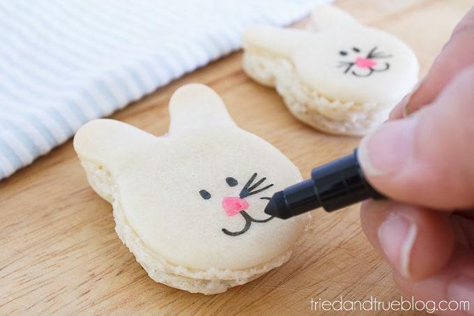 Cute Easter Bunny Macarons - Pens
