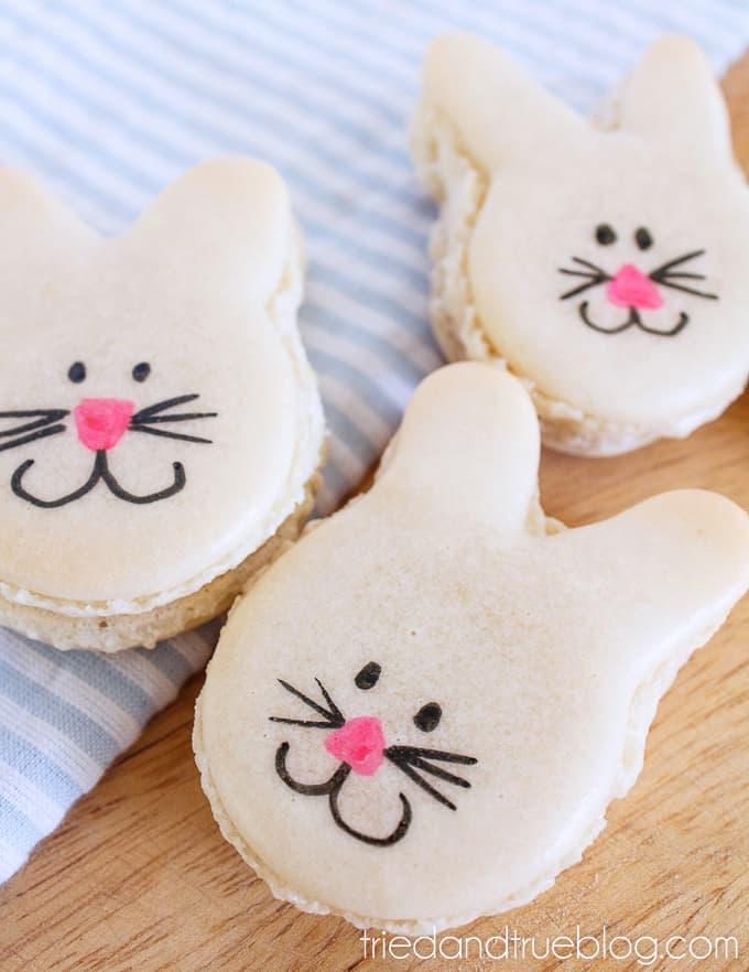 Cute Easter Bunny Macarons - Fluffle