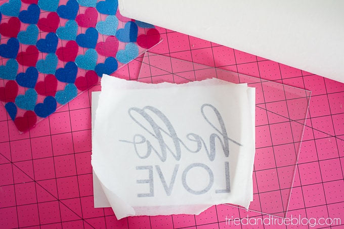 Hello Love Vinyl Wall Art - Transfer