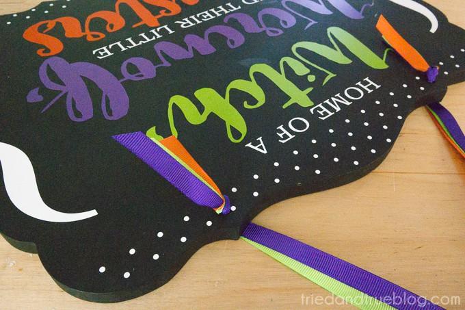 Vinyl Halloween Family Sign - Ribbons