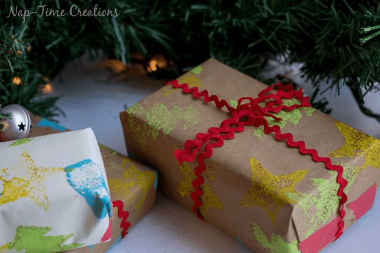 diy-felt-stamps-and-homemade-christmas-wrapping-paper-768x512