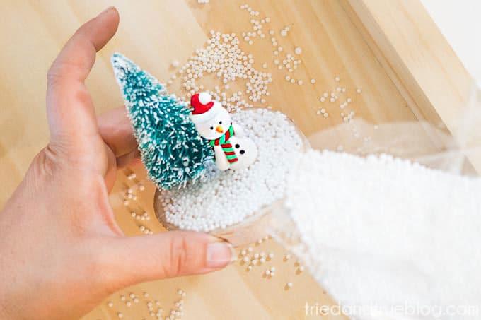 DIY Recycled Snow Globe - Pellets