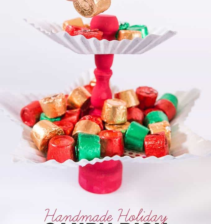 Make this super cute Handmade Holiday Candy Dish in under 15 minutes!