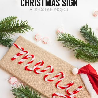 """""""Merry"""" Vintage Christmas Sign"""