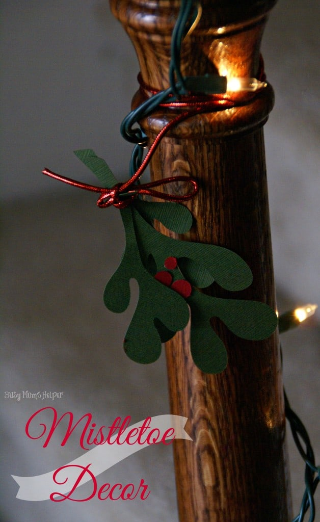 mistletoe-decor-628x1024