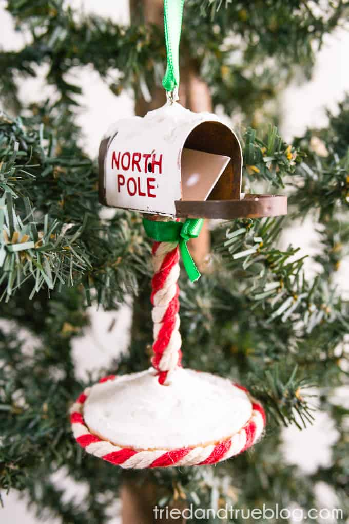 Santa's Mailbox Ornament - Other side