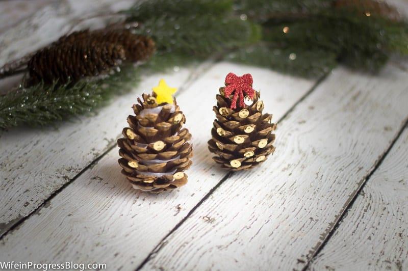mini-pinecone-christmas-trees-1-1