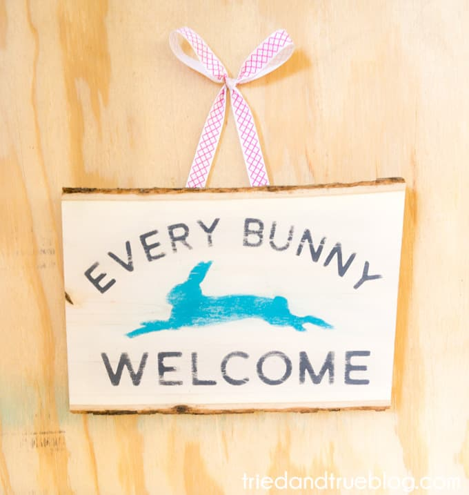 """""""Every Bunny Welcome"""" Easter Vintage Sign - Finish"""