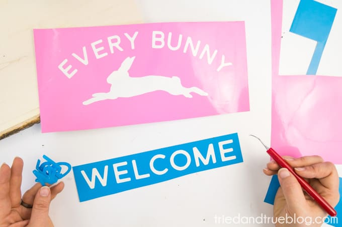 """""""Every Bunny Welcome"""" Easter Vintage Sign - Weed"""