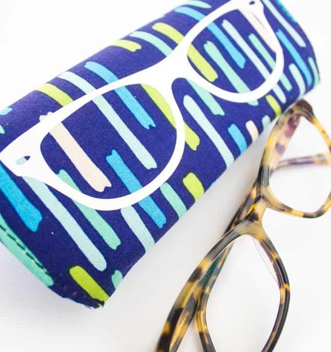 Custom Eyeglass Case - Easy and cute!