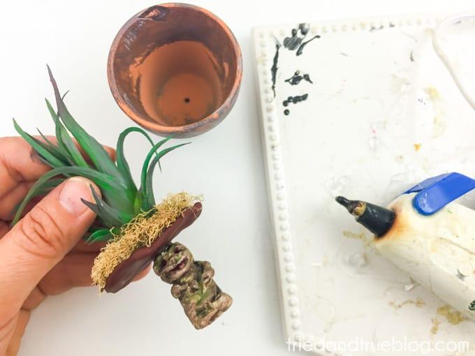 Harry Potter Mandrake Paper Clip Holder - Glue